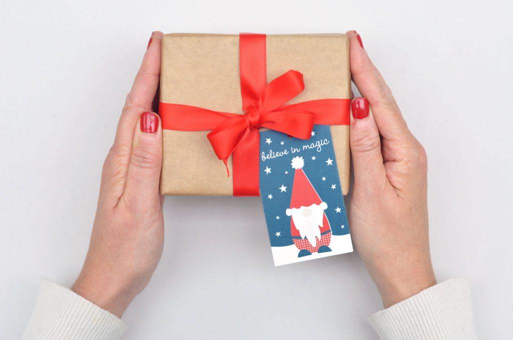 Zedig Design gnome gift tag