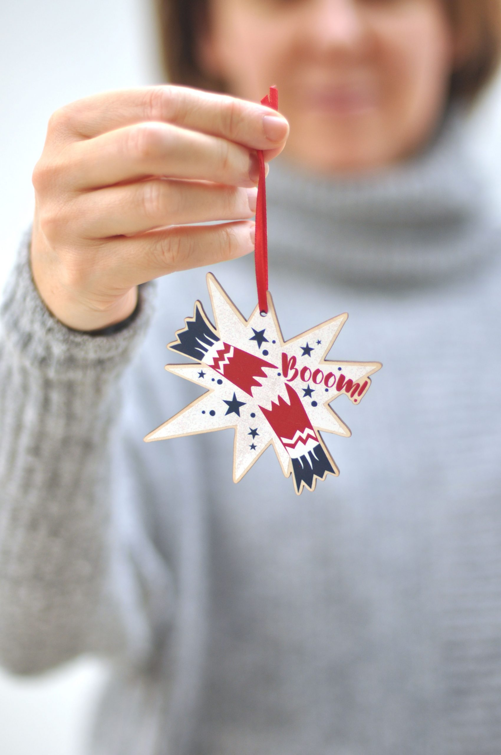 Zedig Design cracker decoration
