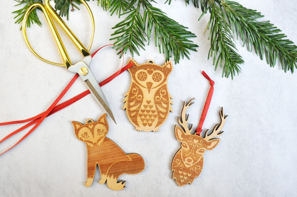 Zedig Design folk art christmas decorations