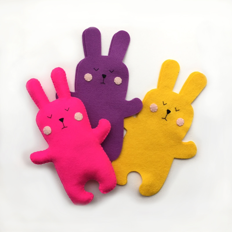 Felt bunnies by Georgie's Little Makes