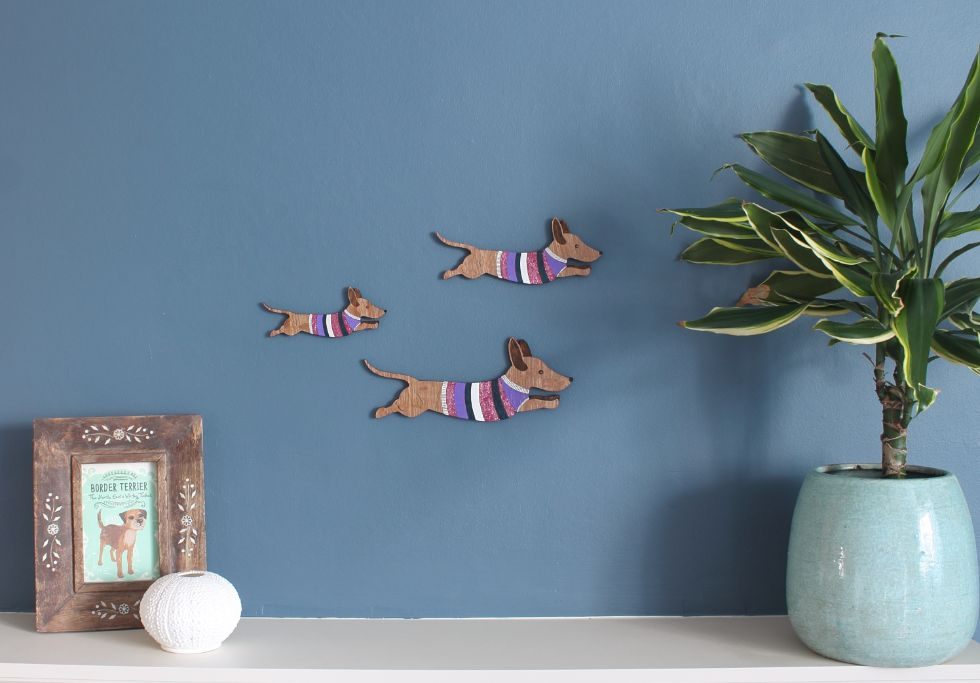 sausage dogs wall decor like flying ducks by Etchable