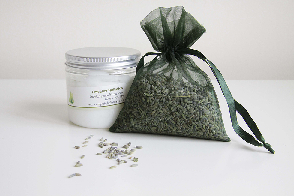 Aroma buddies feel good cream, available to buy from Aroma Buddies Products on Folksy. Pamper yourself this Halloween.