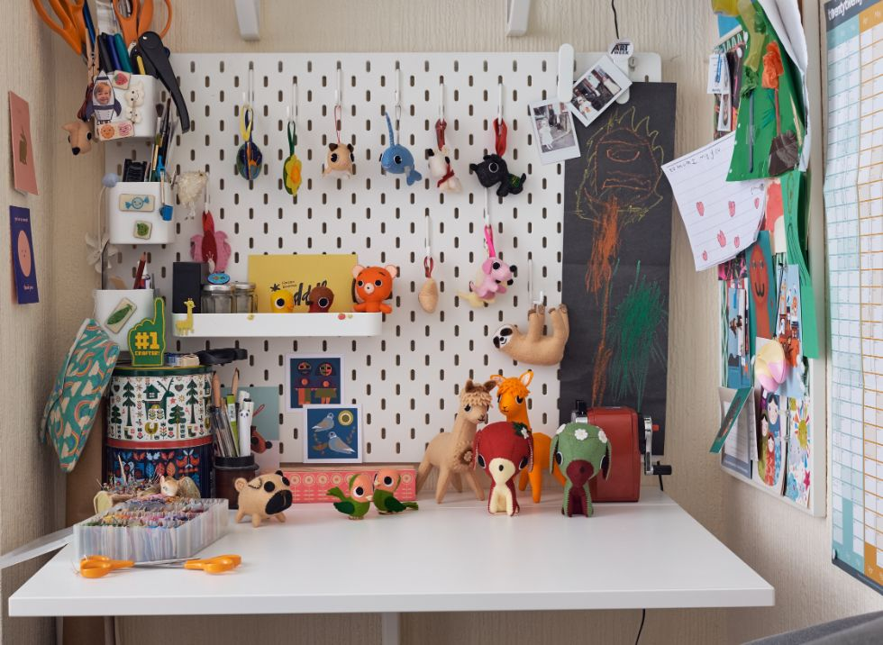 Stitch Studio Felt Animals by Kirsteen Hoare
