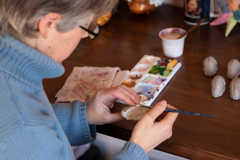 Annie Stothert paper mache artist