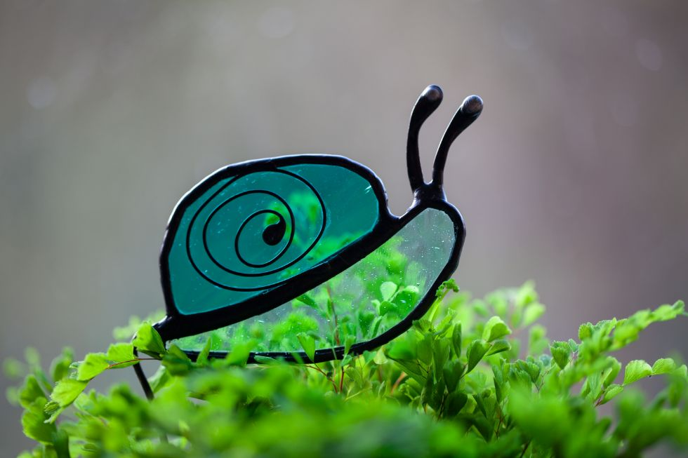 Snail stained glass decoration by Glass and Light Studio